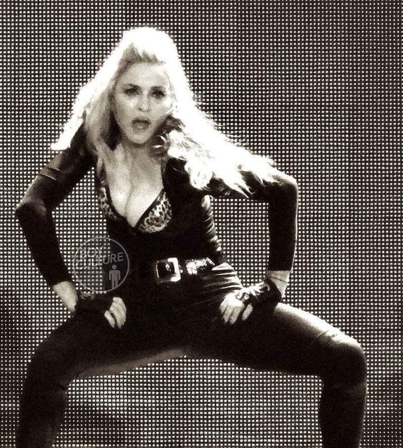 Madonna MDNA Yankee 12