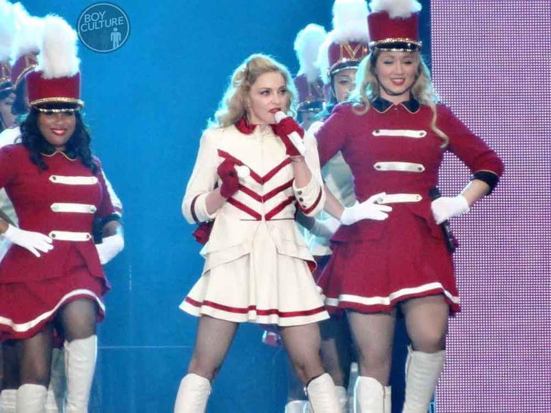 Madonna MDNA Yankee 19