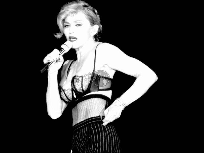 Madonna MDNA Yankee 43