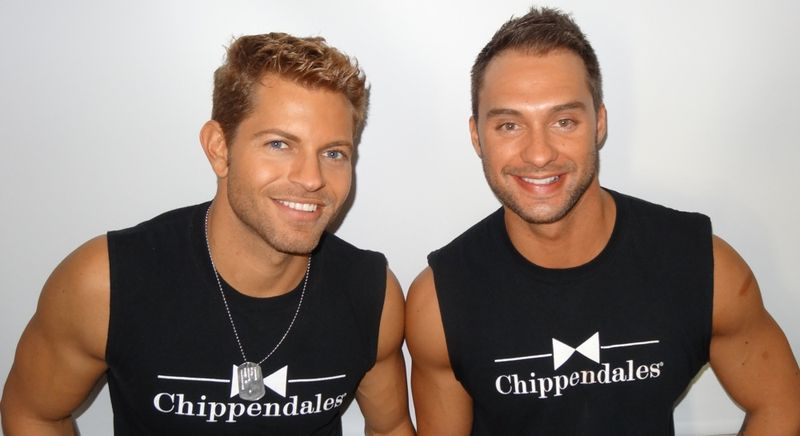 Jaymes-and-James-Amazing-Race-Chippendales