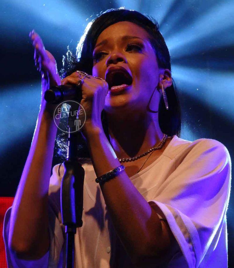 Rihanna-777-NYC-5