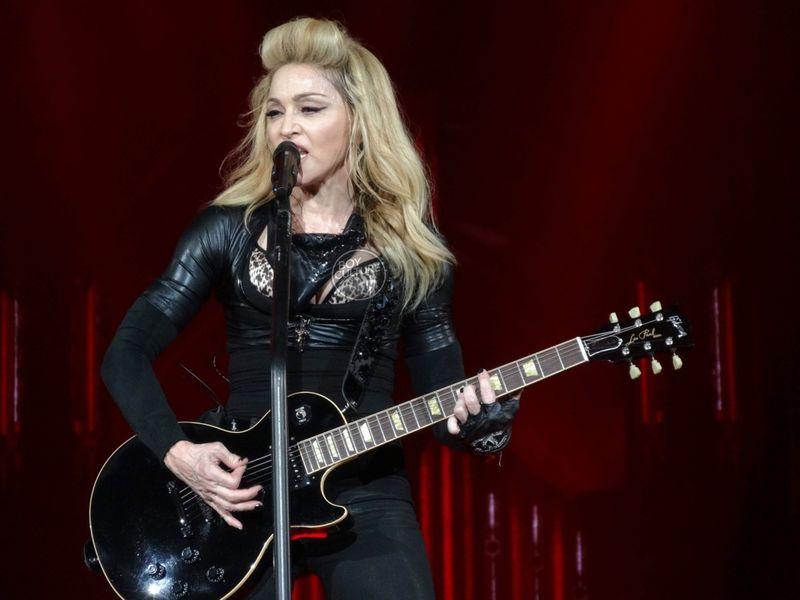 A Madonna DSC09858 copy