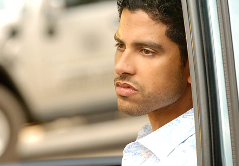Adam_rodriguez_in_csi_miami-967