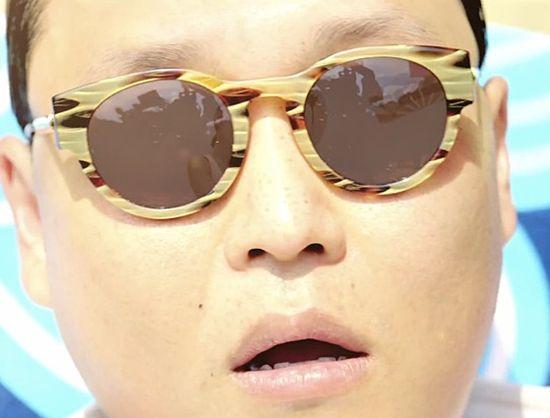 Psy-gangnam-style-2