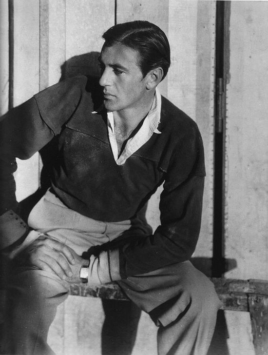 Gary-Cooper-profile-sexy-hot