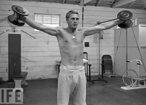 Steve-McQueen-shirtless-sexy-hot