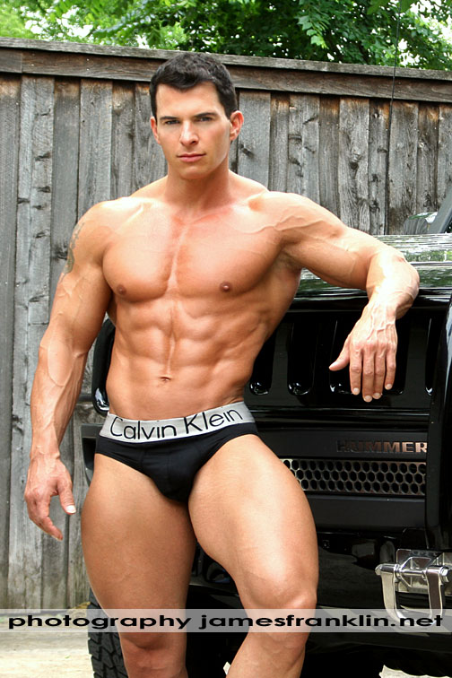 Tony-Giles-muscles-underwear