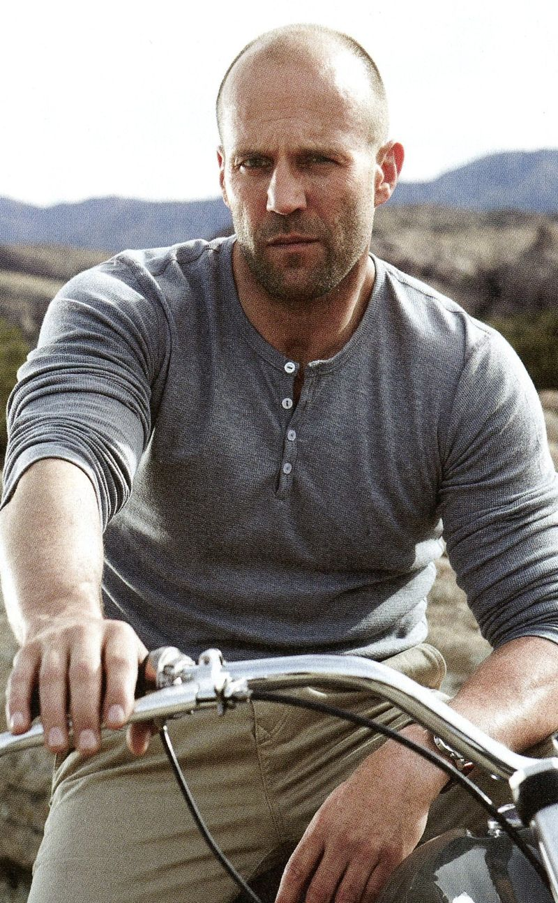 Jason-Statham-Mens-Fitness-7