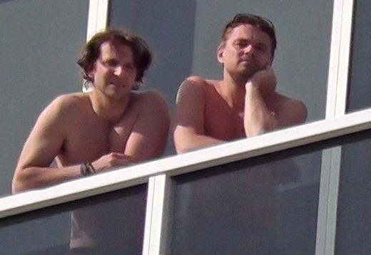 Bradley-Cooper-Leonardo-DiCaprio-shirtless