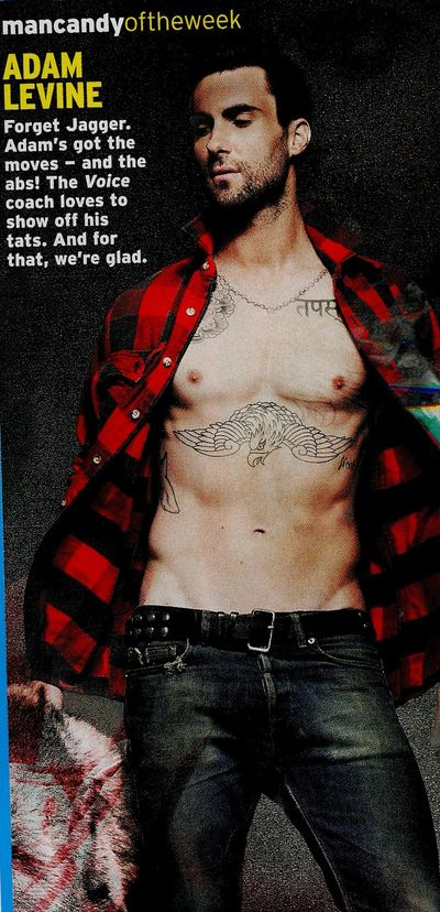 Adam-Levine-shirtless