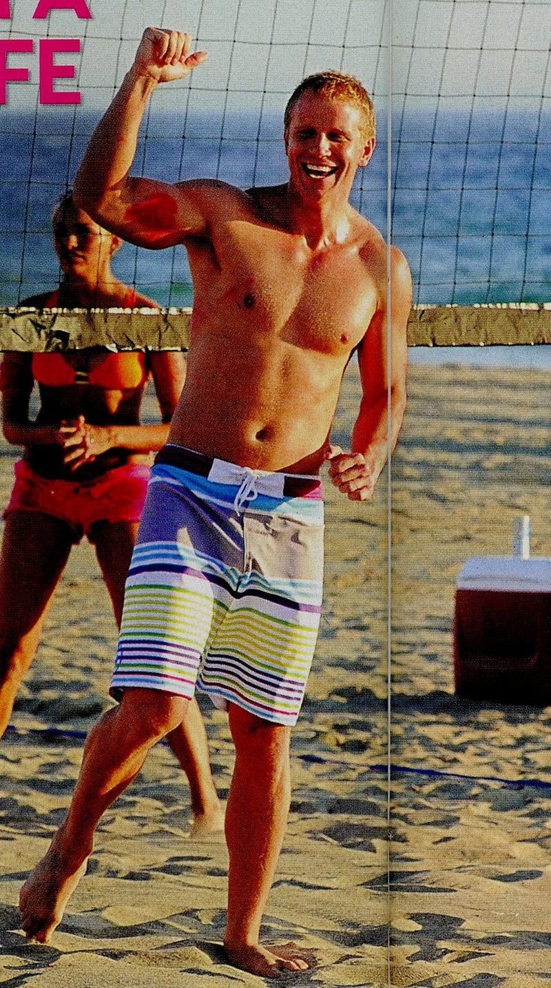 Sean-Lowe-swimsuit