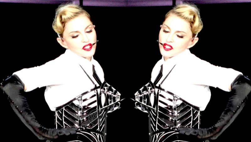 Madonna MDNA Yankee 34