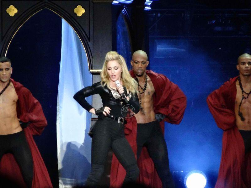 Madonna MDNA Yankee 8