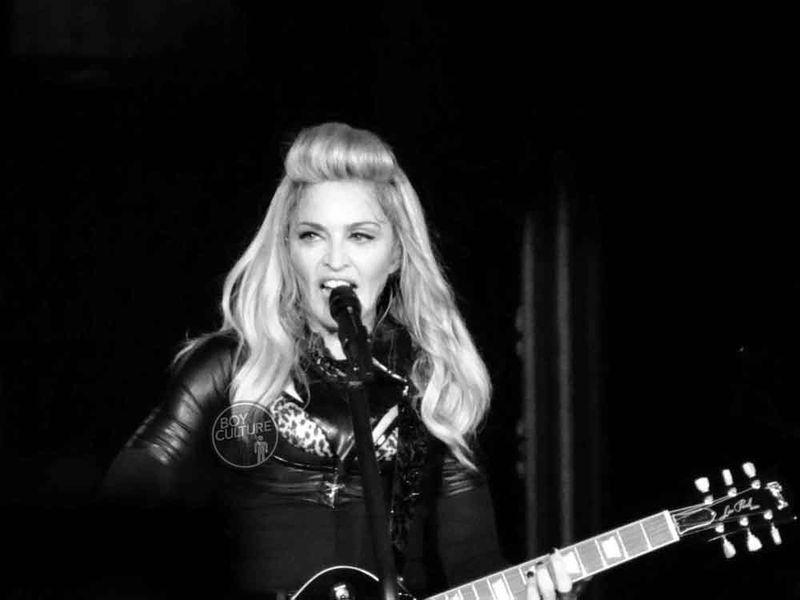 Madonna MDNA Yankee 16