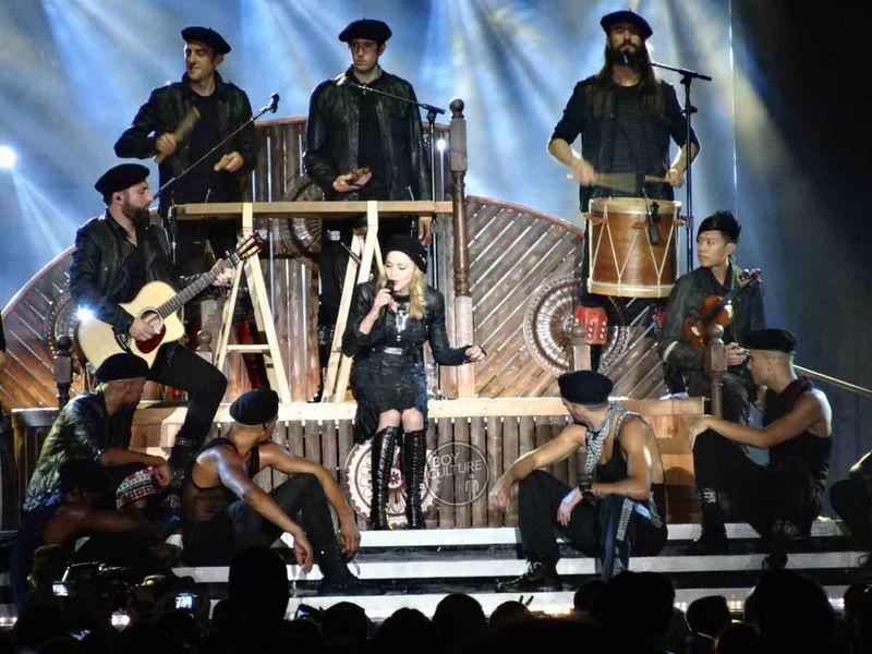 Madonna MDNA Yankee 28
