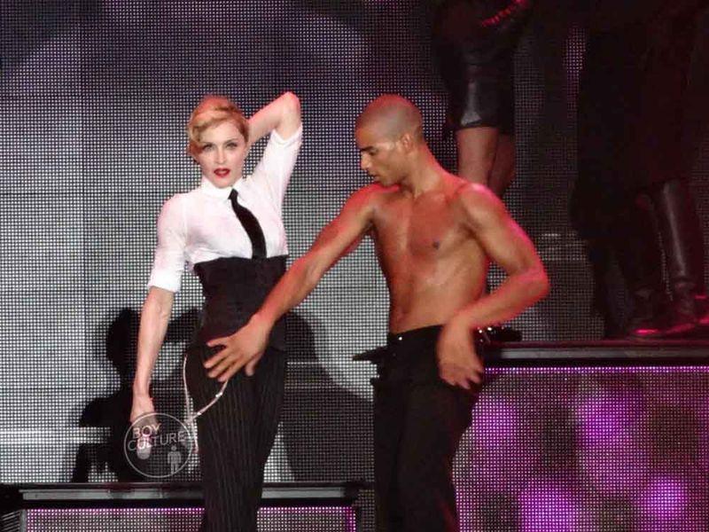 Madonna MDNA Yankee 37