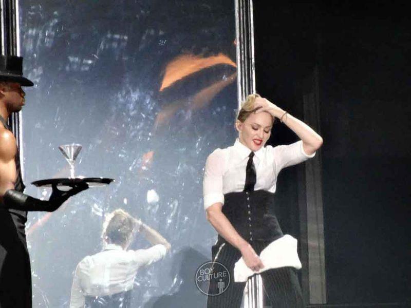 Madonna MDNA Yankee 39