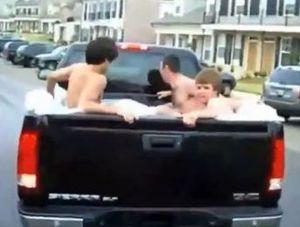 Truck tub
