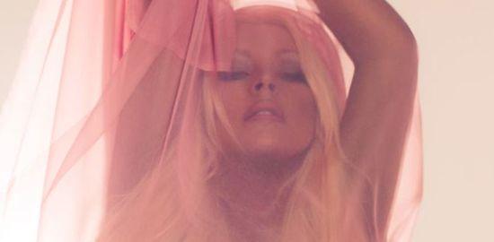 Christina-Aguilera-Lotus