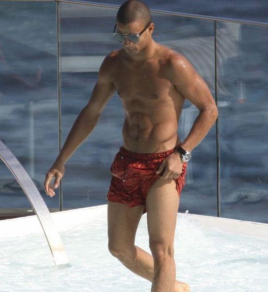 Brahim-Zaibat-Madonna-shirtless-Brazil