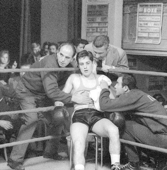 Alain-Delon-Rocco-boxer