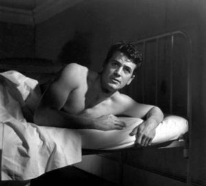 Gay-Rock-Hudson-Shirtless