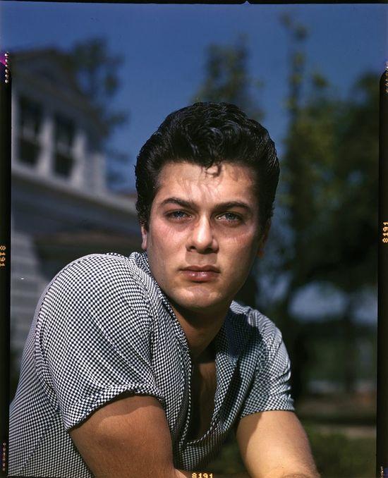Tony-Curtis-hot