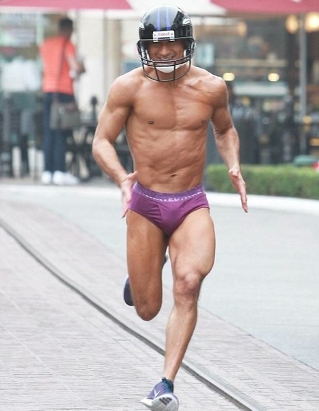 Mario-Lopez-underwear-2