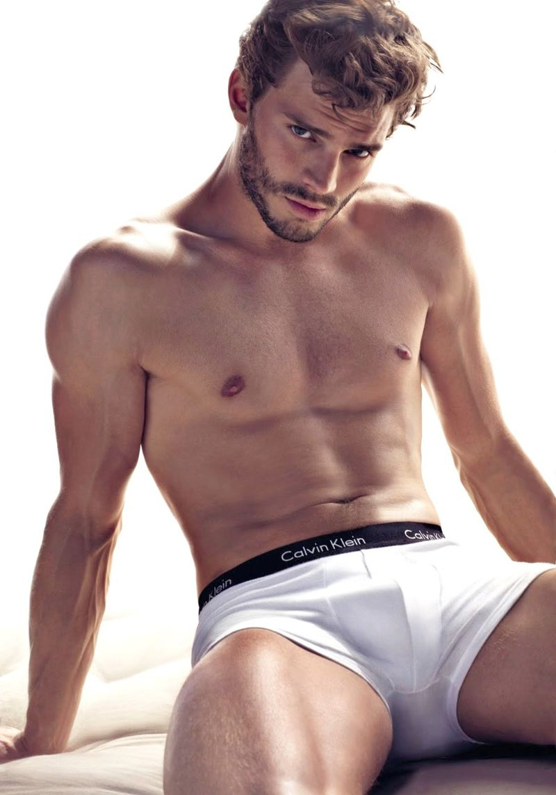 Jamie-Dornan-underwear-shirtless
