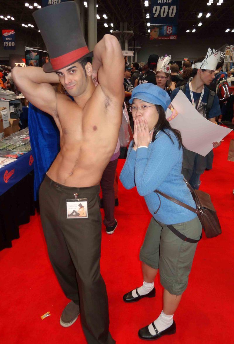 Comic Con shirtless hottier