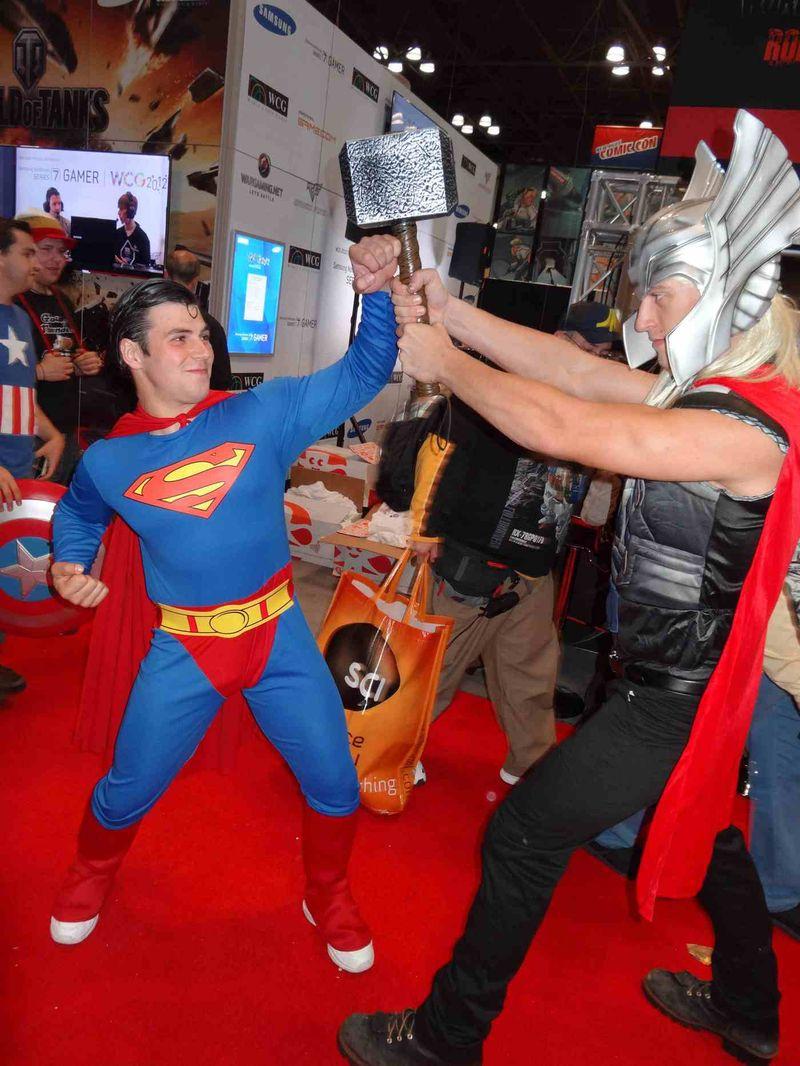 *hot superman bulge