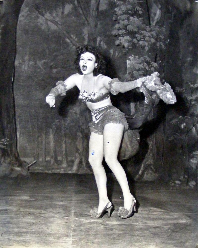 Laura Vandervoort,Patricia Heaton Erotic archive Bianca Gascoigne,Peggy Gale Fleming