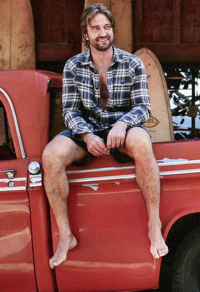 Gerard Butler bare feet