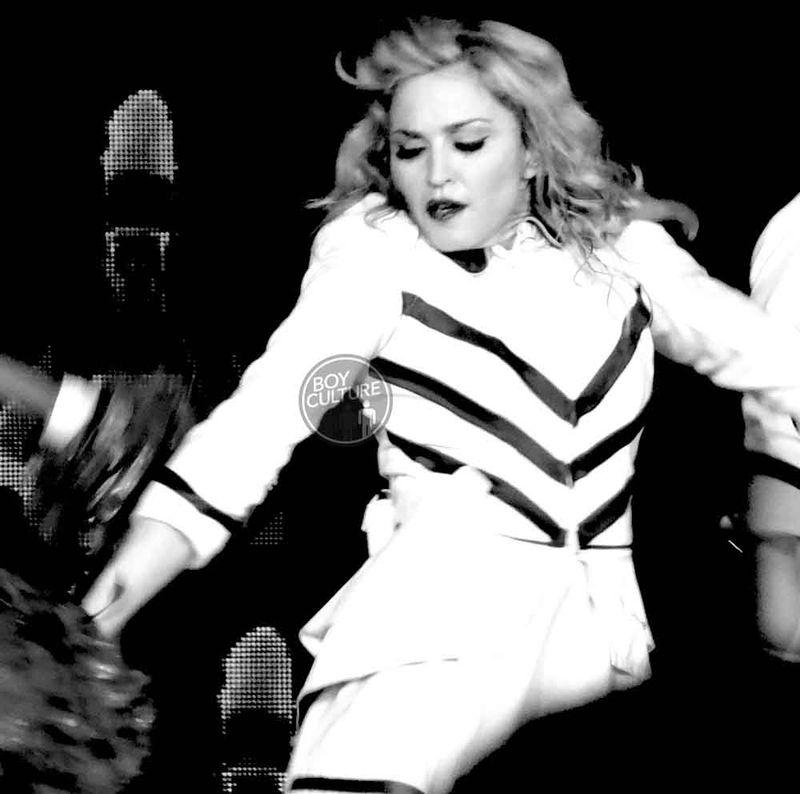 Madonna MDNA Yankee 24