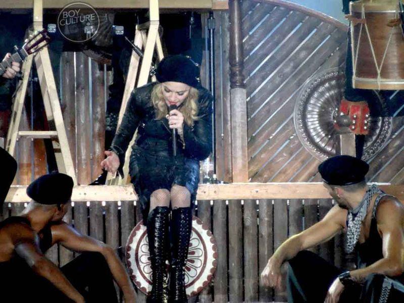 Madonna MDNA Yankee 29