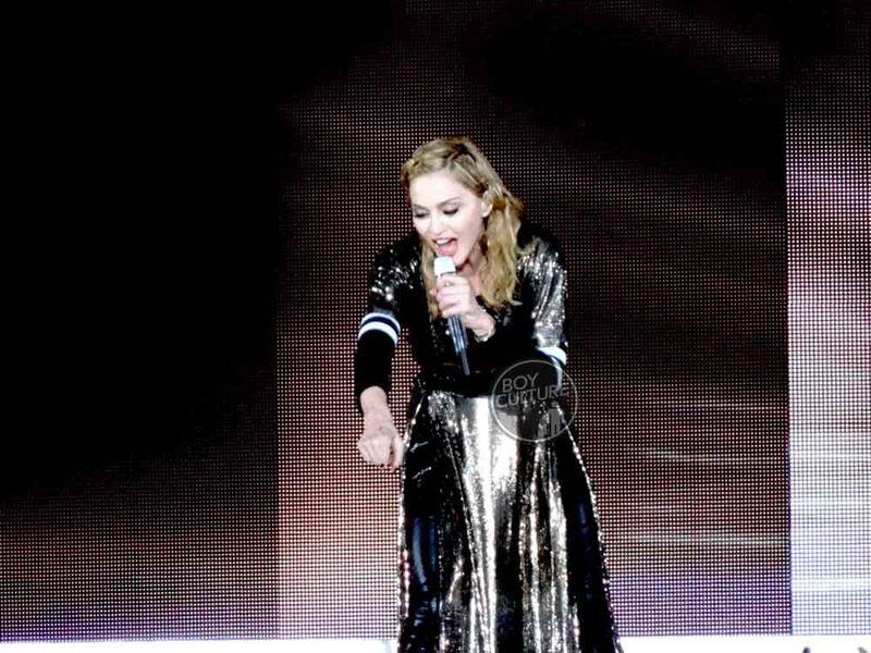 Madonna MDNA Yankee 52
