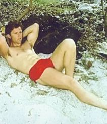 Maxwell-Caulfield-shirtless-in-bathing-suit