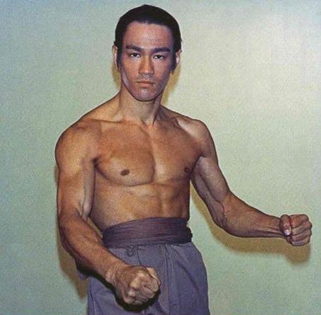 Bruce-Lee-bruce-lee-26727445-502-485