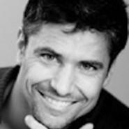 Bel-Ami-Lukas-Ridgeston-smile2-185x185