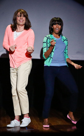 Jimmy-Fallon-Michelle-Obama-mom-dancing