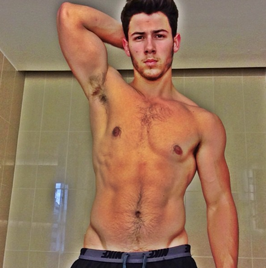 Nick-Jonas-shirtless