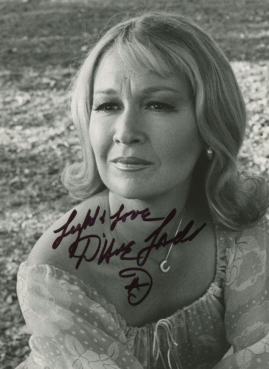 Diane-Ladd-autograph