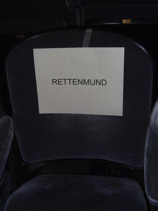 Madonna-MDNA-chair