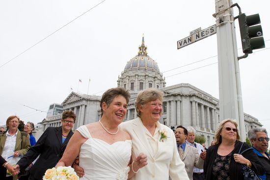 RtoL Kathy Wolfe-Barbara Verhage Wedding Photo