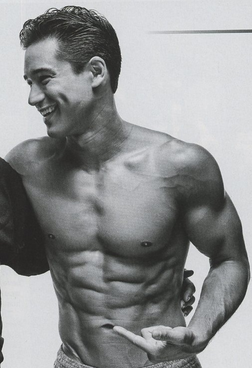Mario-Lopez-shirtless-2