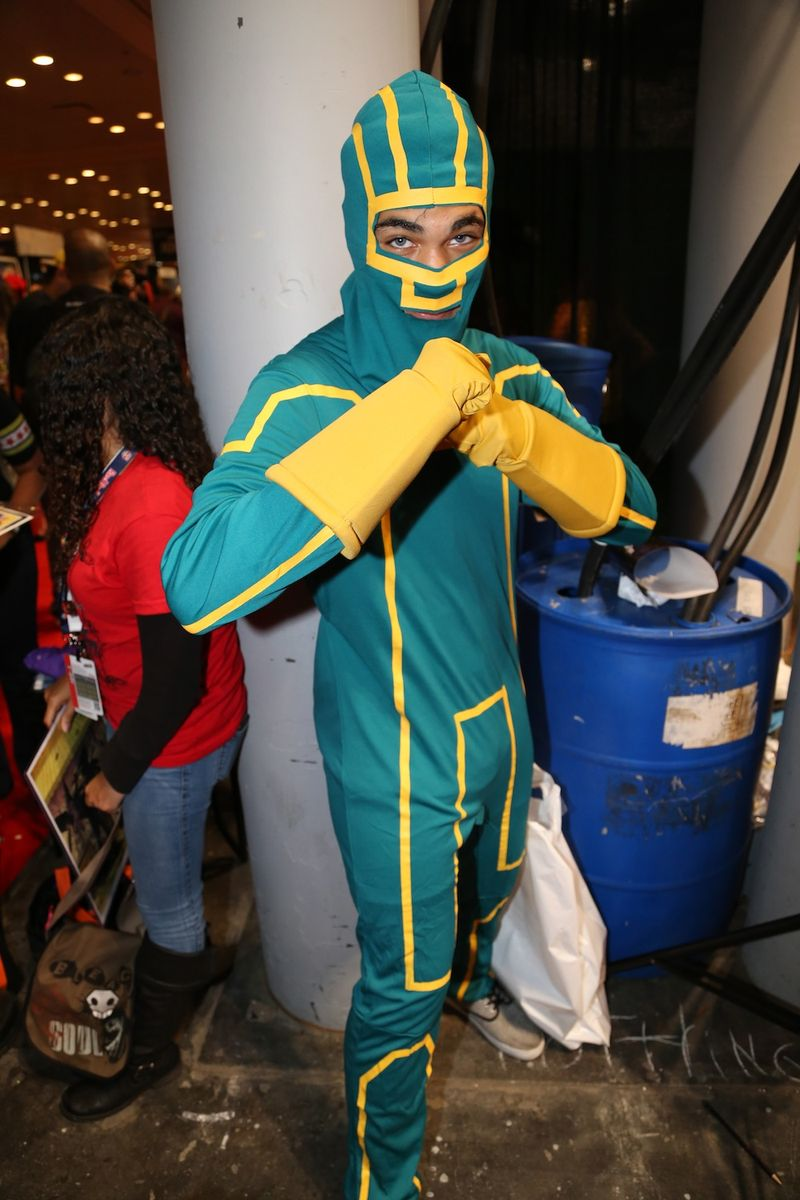 Comic con green suit