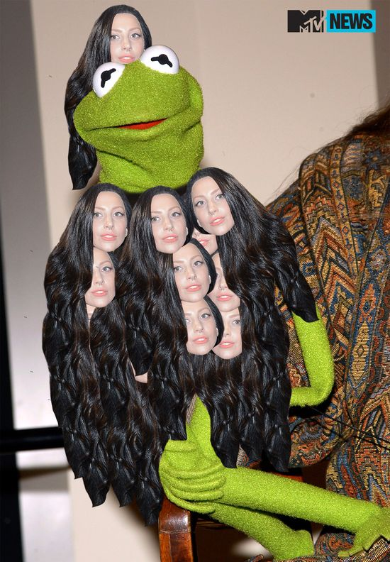 Kermit_gaga_dress