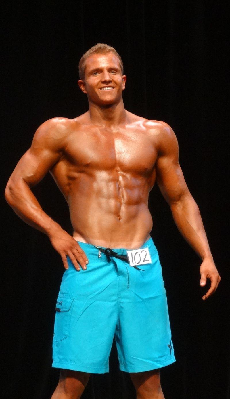 Teen bodybuilder DSC01016
