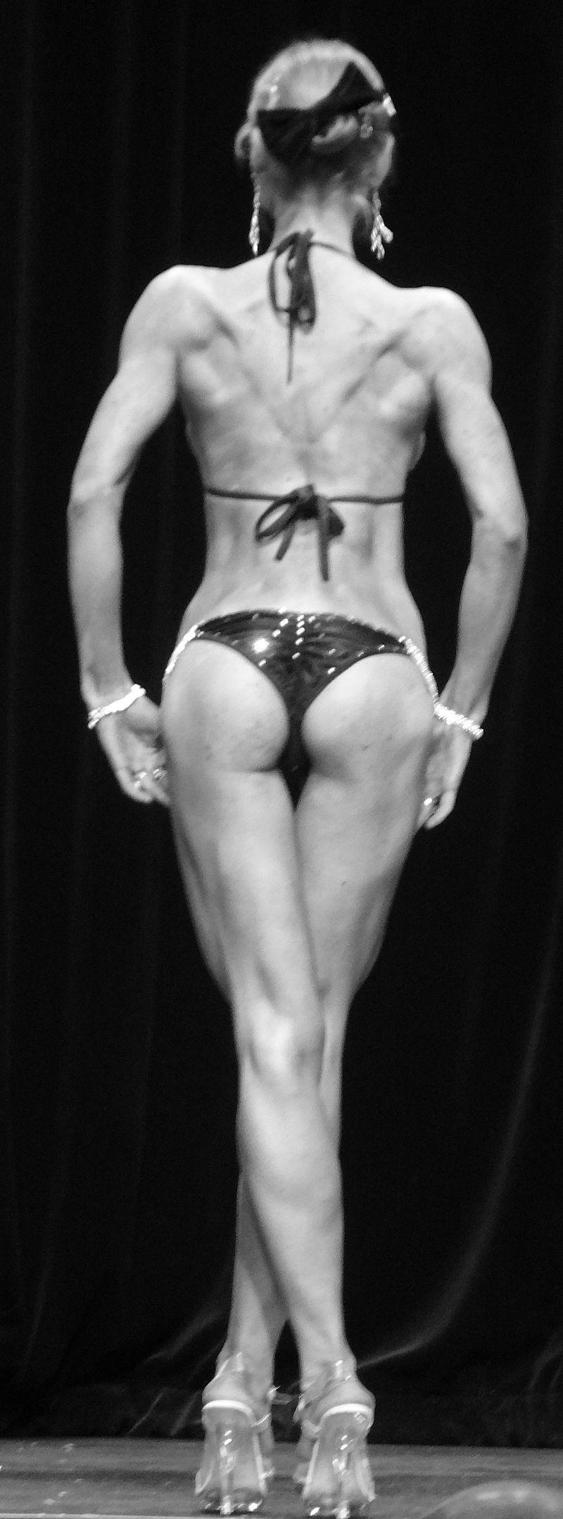 Female bodybuilder DSC01818