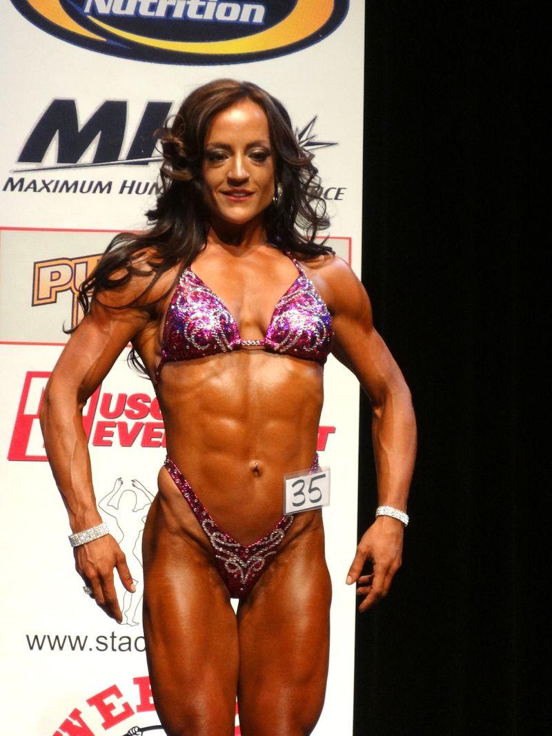 Female bodybuilder DSC00996